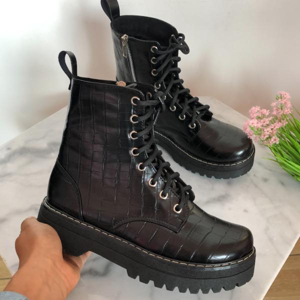 botas talle alto color negro para mujer - ecuador - ropa gallardo
