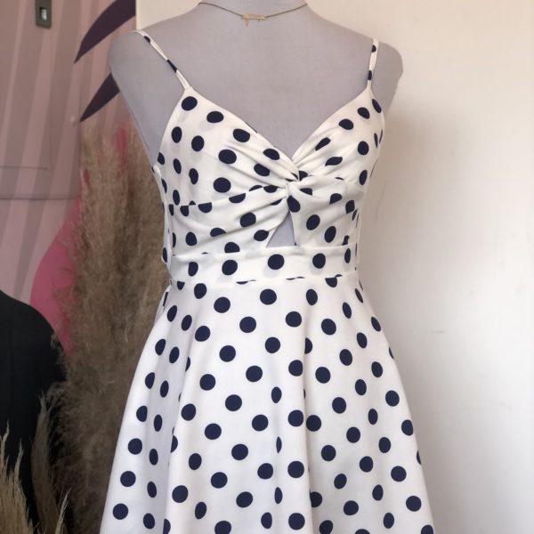 vestido corto blanco con lunares azules - ecuador - ropa gallardo
